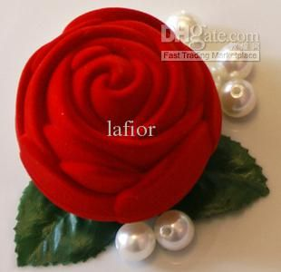 This is the favor I like. Wholesale Wedding candy boxes Rose velvet candy box gift box jewlery box wedding favors favor holders CY01, Free shipping, $1.35-1.48/Piece | DHgate