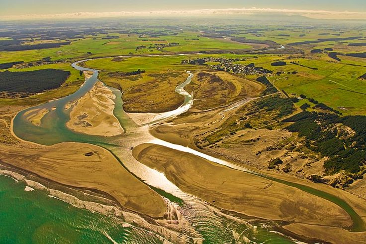 Tangimoana, and the mouth of the, Rangitikei River, see more at New Zealand Journeys app for iPad www.gopix.co.nz