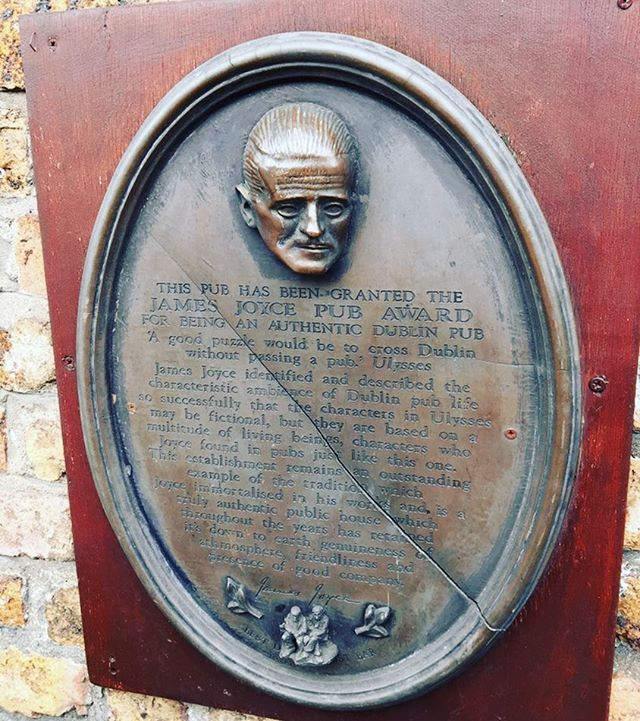 """Ireland's oldest pub dates back to 1198 and has been granted the """"James Joyce Pub Award"""