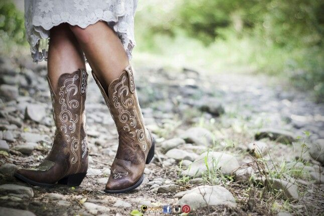 Product Shoot. Nestled in the country side I photographed my clients leather boots on their farm for her catalogue.