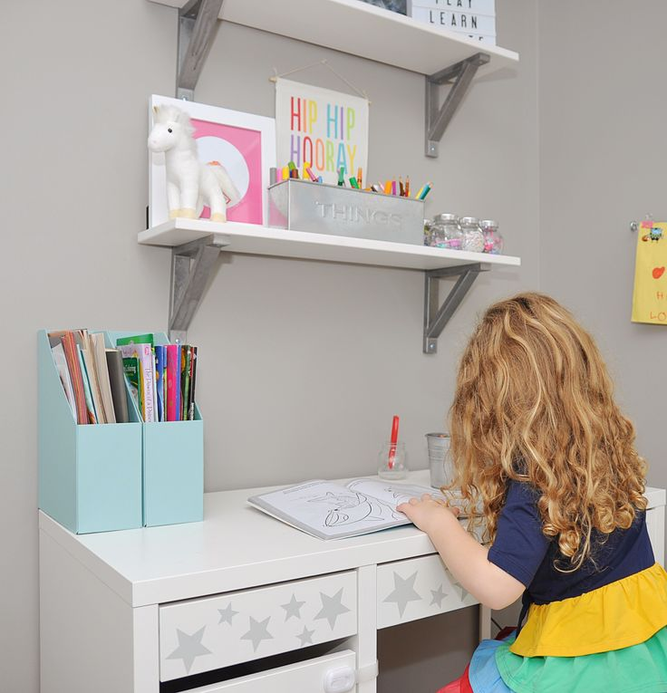How to Organize Art Supplies and Ikea Desk