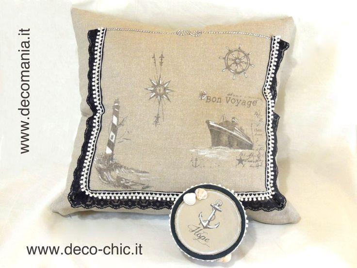 Cuscino (cod.FEDTOR1) e sctaolina realizzati con la tecnica del TRASFERIMENTO DI PIGMENTO :sono state utilizzate le carte RIFLESSI DI CARTA cod. TRA005 e il liquido Deco-TRANSFER-Mania (cod. LIQ125)  www.deco-chic.it