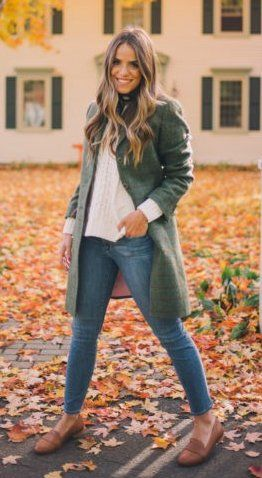 #thanksgiving #fashion ·  Tweed Fall Coat // White Top // Skinny Jeans // Camel Loafers