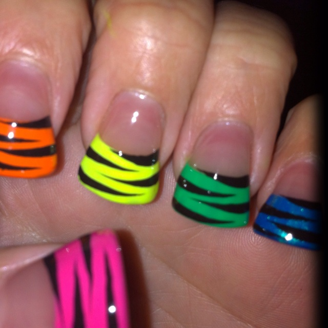 Jersey nails by Kim. THIS IS MY GIRL KIM ISNT SHE FAB!