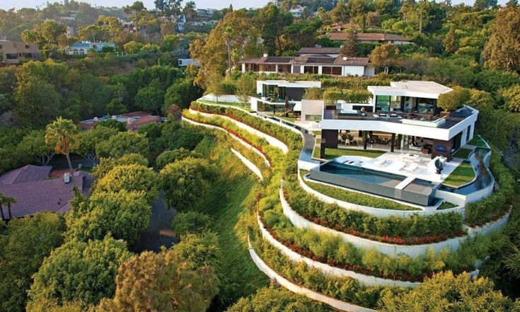 An Architectural Masterpiece! | Contemporary and Futuristic Looking Home in Beverly Hills | Floor Plans