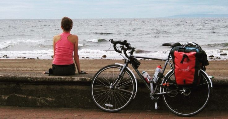 Lifelong cyclist & environmentalist @EatSleepCycle writes about her #GrandAdventures cycling the coast of Britain in her book Eat Sleep Cycle. Well worth a read. by al_humphreys