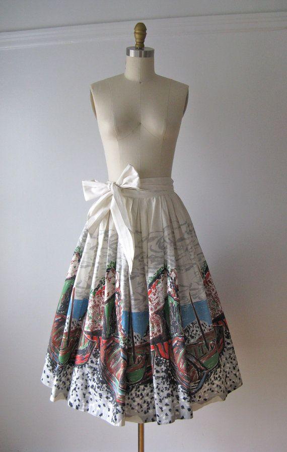 vintage 1950s novelty print skirt / Beyond the Sea