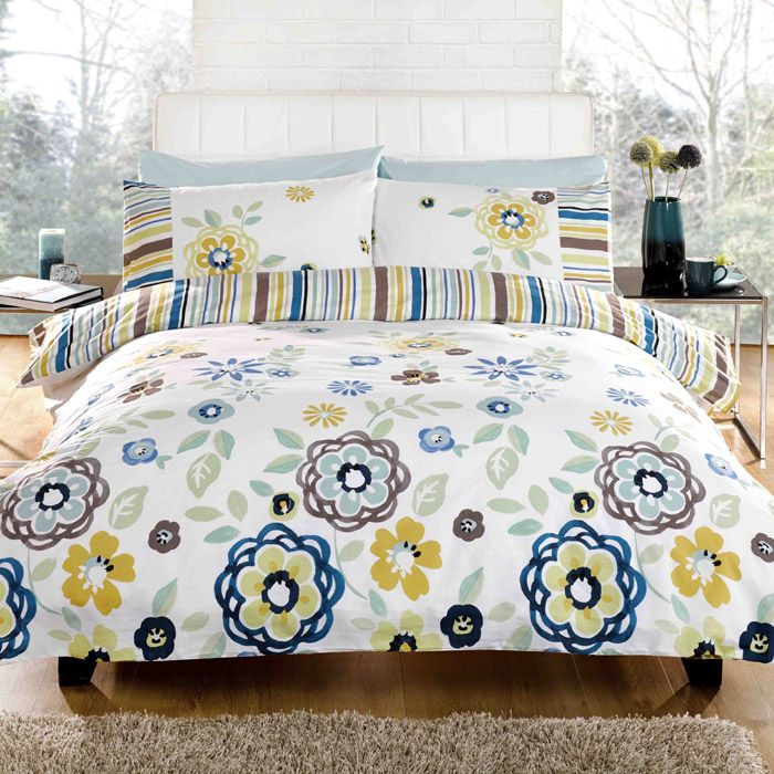 Duvet cover set with a floral funky boho floral design. Lottie duvet cover set is prefect for spring/summer. Cheap duvet cover sets from UK sellers