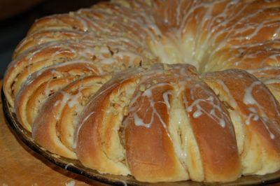 Recetas Criollas » Blog Archive » Rollo Sueco de Canela ~ Swedish Tea Ring
