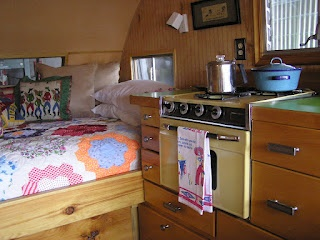 ain't for city gals -  blog by a couple that restores vintage campers