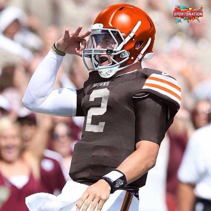 Johnny Manziel should call Russell Wilson - http://sports.yahoo.com/news/cleveland-browns-nfl-mock-draft-johnny-manziel-call-185100255--nfl.html