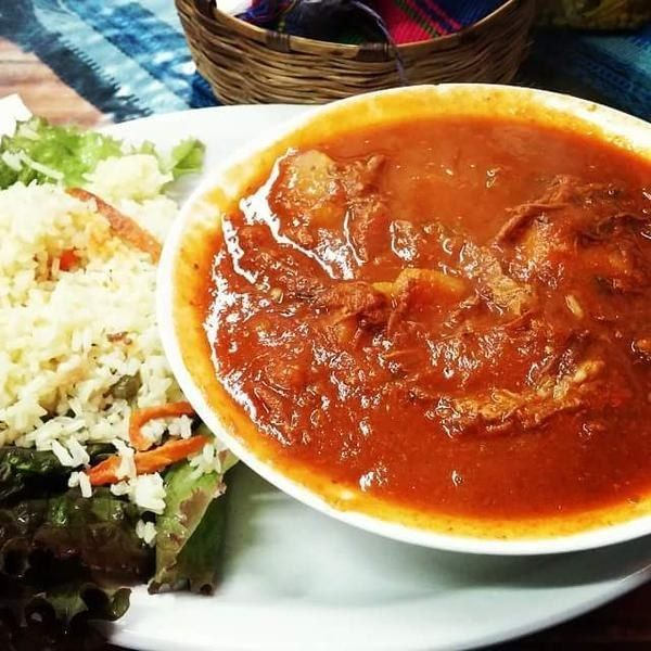 Hilachas. | 19 Platillos típicos que debes comer si viajas a Guatemala