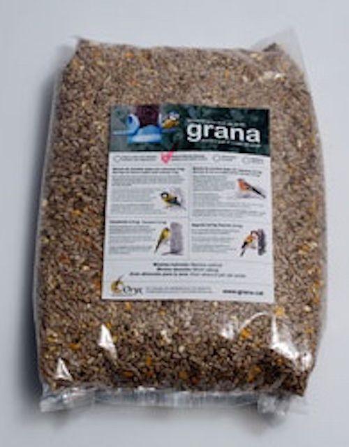 Mixtura de granos. Muy apetitosa para los pájaros, altamente nutritiva y equilibrada. #RefugiosWN de #fauna y #flora https://shop.wnature.org/es/