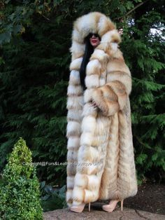 Nouveau royal saga golden island en fourrure renard long swing manteau & massive capuche fuchs xxl