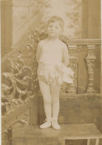 034-Baby-Sun-034-3-Year-Old-CLOWN-Sun-Bros-Brothers-CIRCUS-Antique-Cabinet-Card-Photo