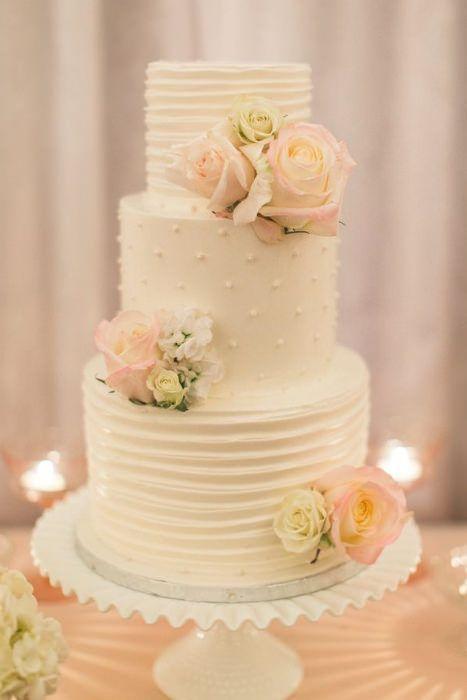 A gorgeous cake on a pretty milk glass cake stand. Source: pinterest #milkglass #weddingcake #cakestand
