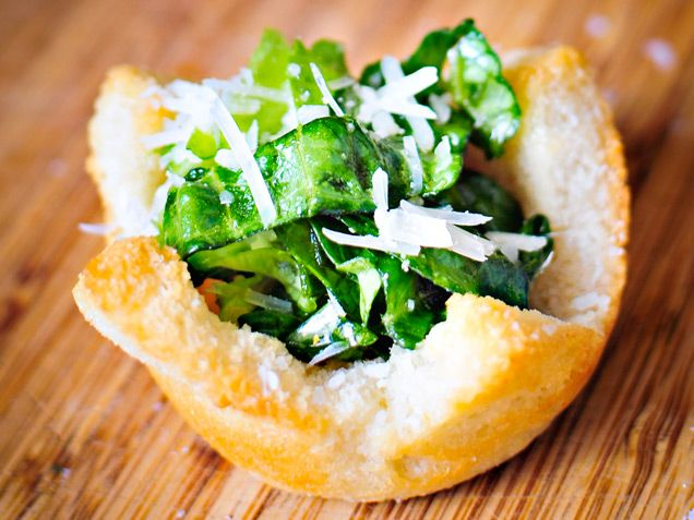 Caesar Salad in Crouton Bowls http://www.ivillage.com/surprising-uses-muffin-tins/3-a-554979