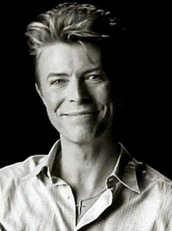 David Bowie -What A Great Smile!!