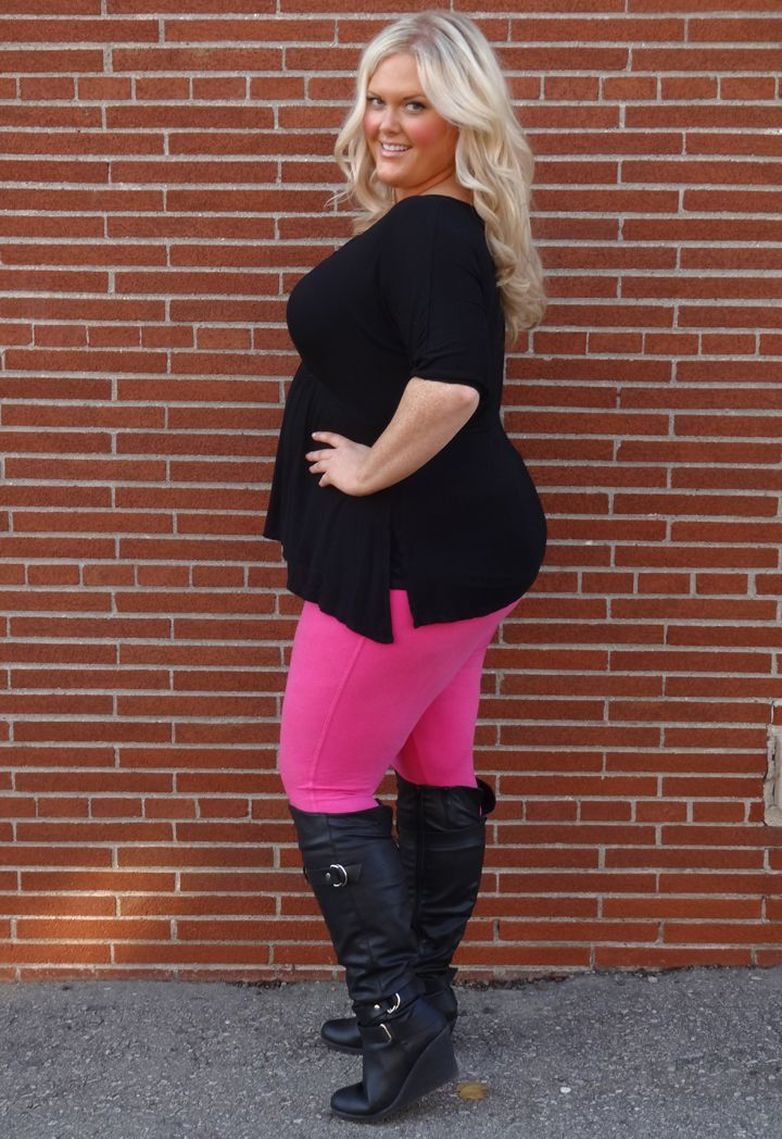 Killer Kurves – The Canadian Plus Size Authority » Love those pink leggins and high boots!