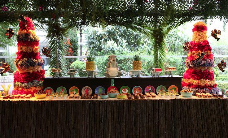 Buffet jungle by Pâtisserie Chez Bogato 7 rue Liancourt, Paris 14e. Ouvert du mardi au samedi de 10h à 19h. Tel. 01 40 47 03 51 Cake Design Birhtday cake Gâteau d'anniversaire