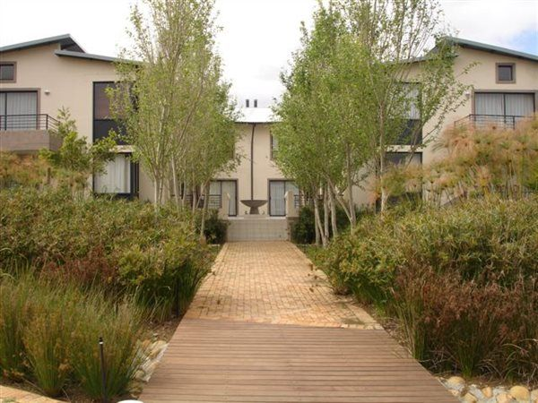 2 bedroom apartment in Somerset West Central, Somerset West Central, Property in Somerset West Central - T213222
