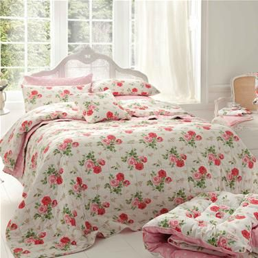 cath kidston bedding: Antiques Rose, Cathkidston, Antique Roses, New Home, Traditional Quilts,  Comforter, Rose Bouquet, Cath Kidston,  Puff