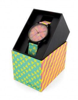 KOMONO x HAPPY SOCKS Collection: ανδρικά & γυναικεία ρολόγια της συνεργασίας των Βέλγων σχεδιαστών με την εταιρεία HAPPY SOCKS στο κατάστημα μας στα Ιωάννινα. Ζυγομάλλη 1, 45332. Εξουσιοδοτημένο κατάστημα της Komono στην Ελλάδα. Τα ρολόγια έχουν εγγύηση ενός έτους. Δωρεάν μεταφορικά για αποστολές και επιστροφές εντός Ελλάδας.