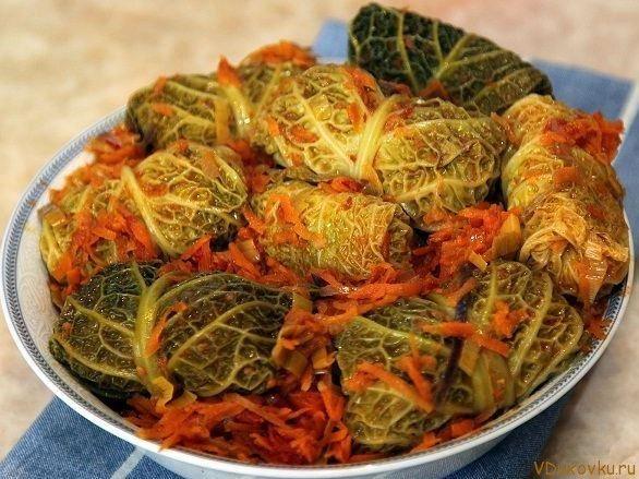 Вегетарианские голубцы в савойской капусте / Вегетарианские рецепты / Овощные рецепты