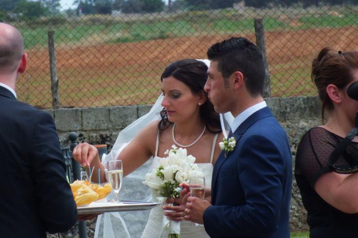 ricevimento di nozze musica per l'aperitivo e arrivo sposi