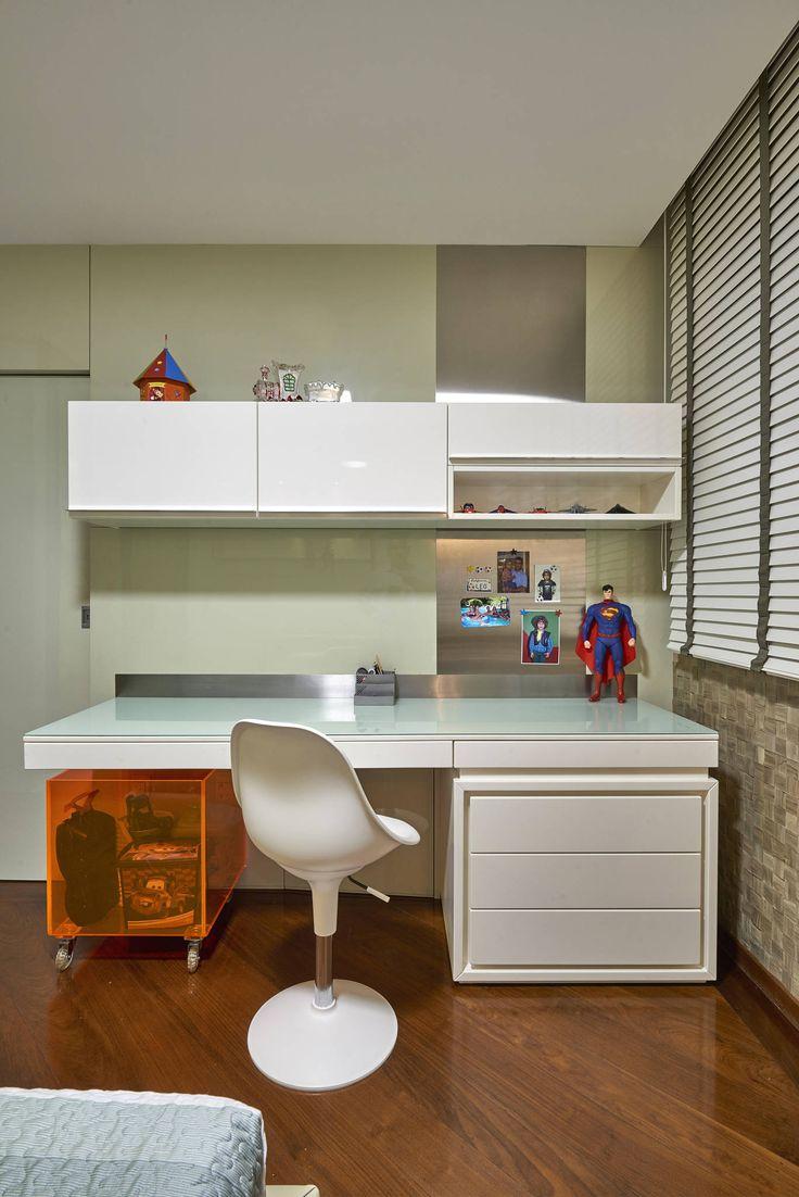APARTAMENTO FUNCIONÁRIOS III : Quarto infantil moderno por Gislene Lopes Arquitetura e Design de Interiores