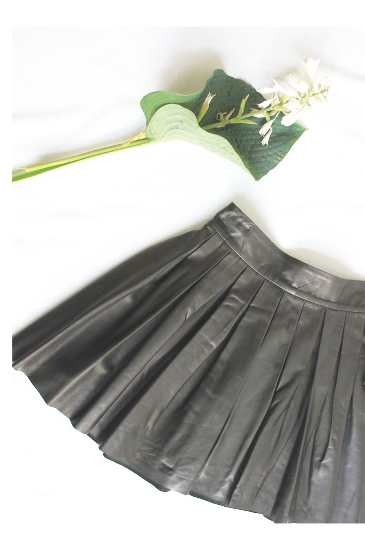 Pleated leather skirt by Alice + Olivia