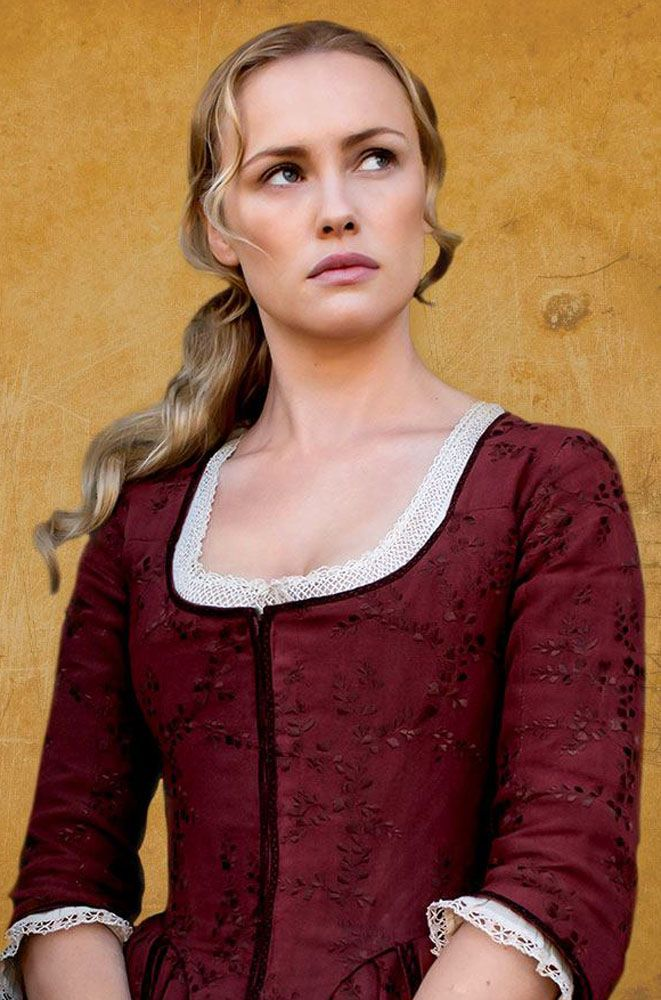 Christina Radish speaks with actress Hannah New about her role in 'Black Sails' Season 4, where Eleanor ends up in the series, Captain Flint, and much more.