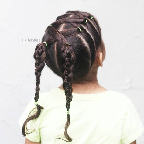 "263 curtidas, 6 comentários - Little Girl Hairstyle Ideas (@l_r_hairstyles) no Instagram: ""Crossed elastics & 4-strand braided pigtails for #30daysnewbraids #30dnbday4 . . . . . . . . . . .…"""