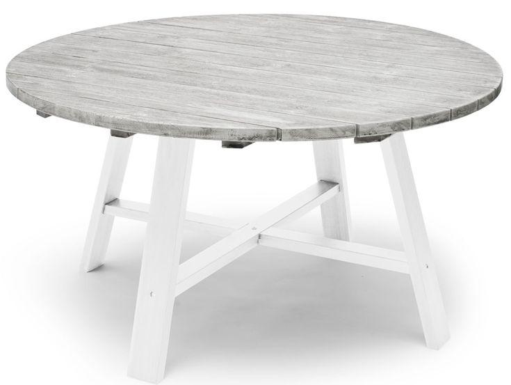 Shabby Chic bordet är byggt i gråpigmenterad massiv FSC-certifierad kärnfuru med vitlaserat underrede. Tillverkat av Hillerstorp. Snygga Shabby Chic stil där stolarna Boston passar perfekt.Mått: Diameter: 138cmHöjd: 72cm