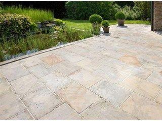 Terrastegels in je woning of een salonvloer in je tuin - Tegels - Livios