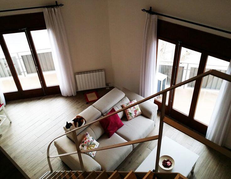 Este es el espectacular resultado de la reforma que realizamos en una vivienda de dos plantas en l'Atmetlla del Mar 😮 http://www.montaplac.com/reformas-barcelona/