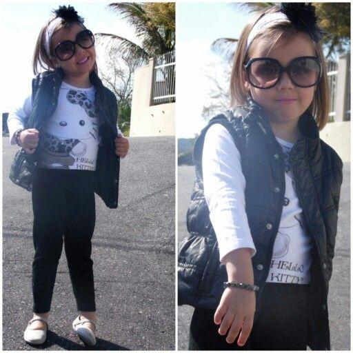#fashion #kids #lookoftheday #look #minime #love #litlegirl #hellokitty