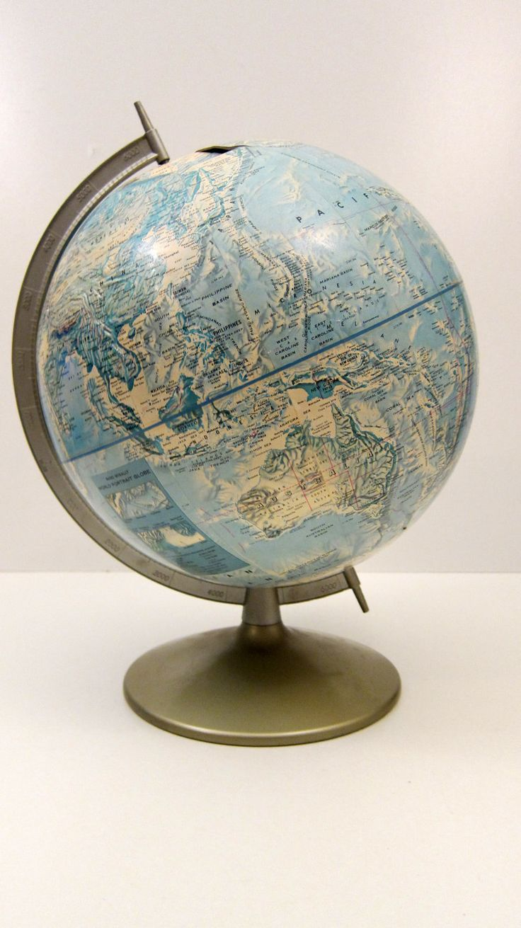 Rand McNally Globe vintage World Globe Classic