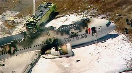Asiana flight 214 crashes in San Francisco; aftermath photos