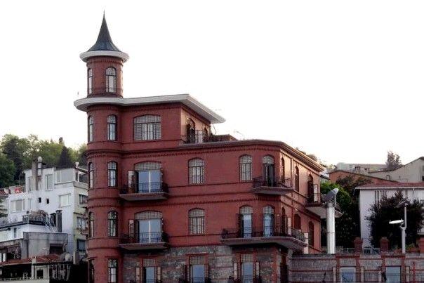 Perili kiosk-Constructive: Yusuf Ziya Pasha-Year built: 1910s- (Monuments board was demolished in 1993) Rebuilt: Gümüşhaneli Basri Erdoğan-Rebuilt year: 1993-Sarıyer-İstanbul
