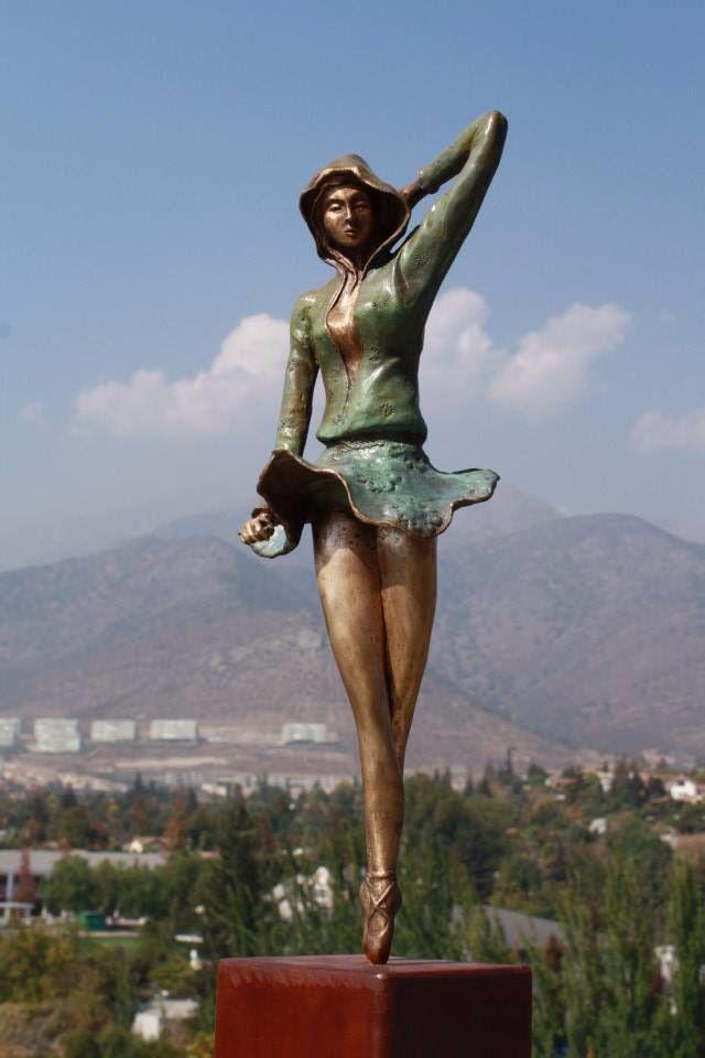 Escultura Bailarina urbana