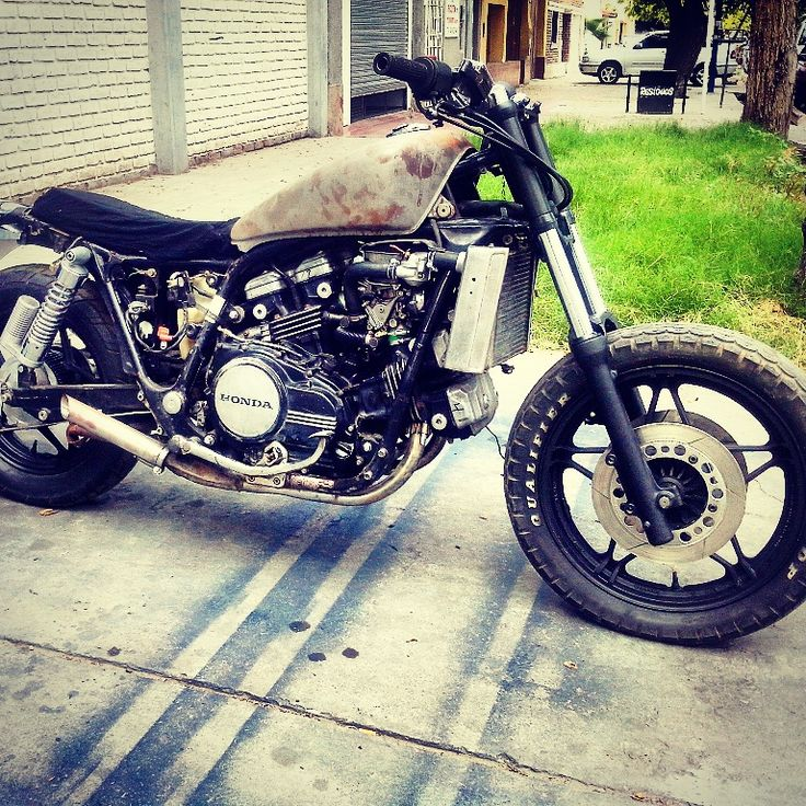 best images about honda vf bikes bari and honda magna v45 vf750 c 1892 street tracker