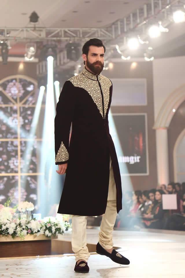 Latest stylish embrodied men sherwani collection 2016 (2)