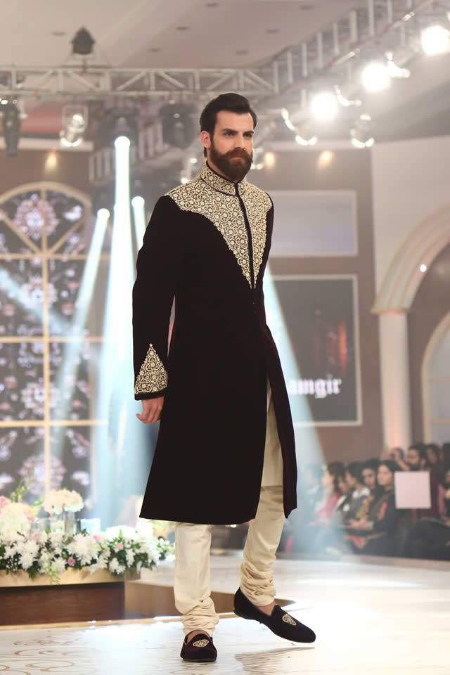 Latest stylish embrodied men sherwani collection 2016 (2)