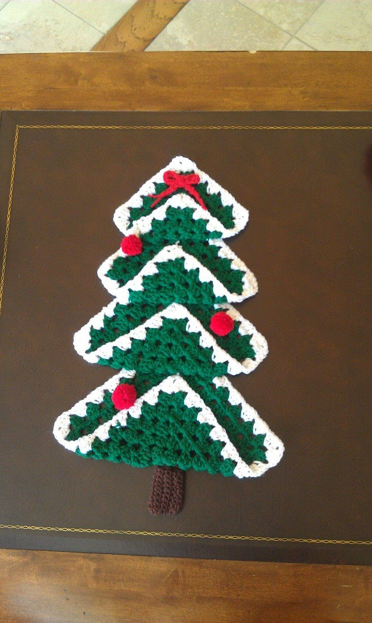 Free Crochet Granny Square Christmas Tree Pattern : 17 Best images about Crochet Projects on Pinterest ...