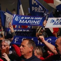 Thousands attend National Front leader Marine Le Pen's campaign rally (331381)