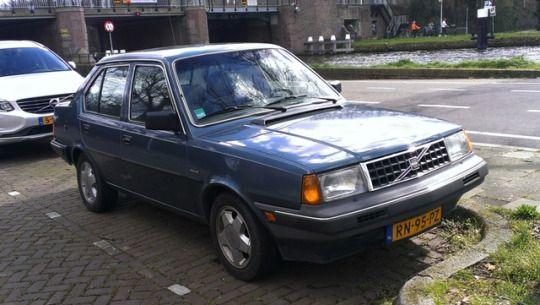 1986 Volvo 360 Sedan