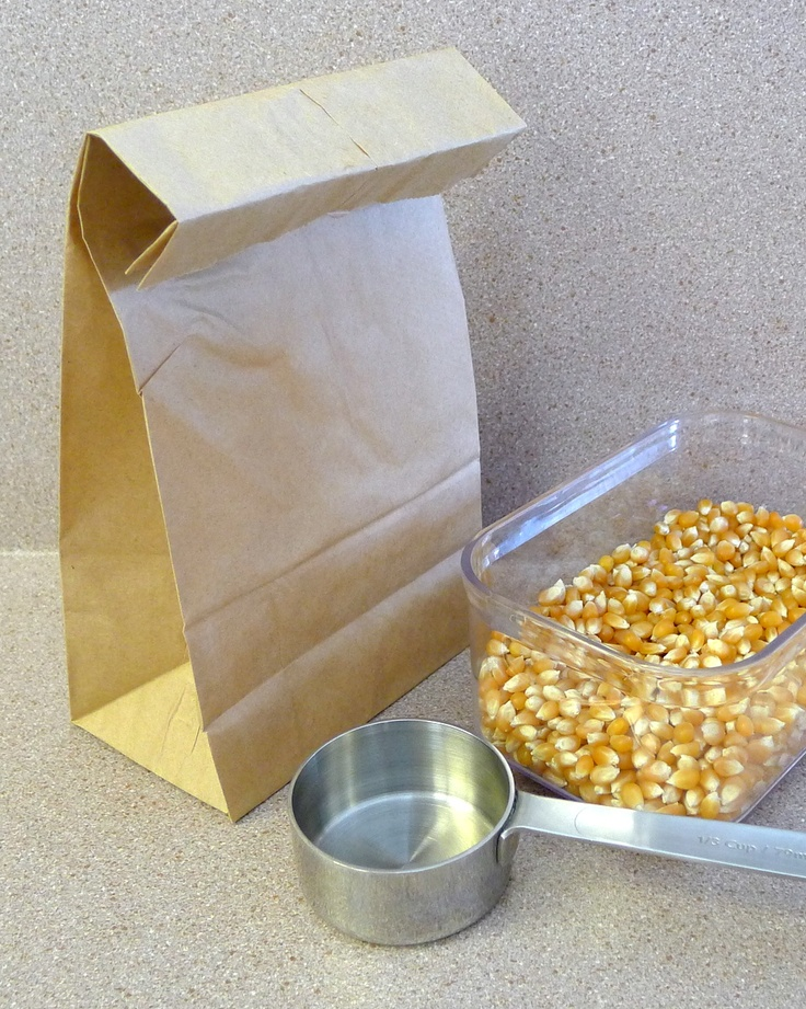Homemade Microwave Popcorn .. I've done this before - it's pretty coo...