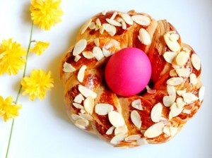 Rosca de pascua rellena: A Recipe, Recipe, Mona De, Pascua Rellena, Easter, Gastronomía Española, Rosca De, Monadepascua Corona 2, Pascua Corona2