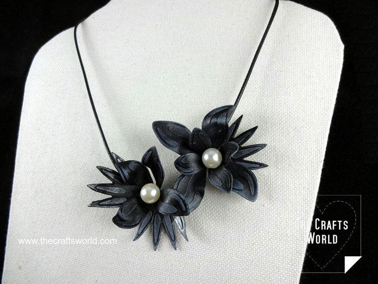 Worbla flowers necklace